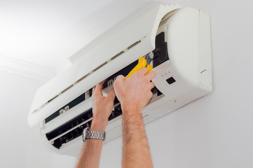 Cleaning Air Conditioning Unit